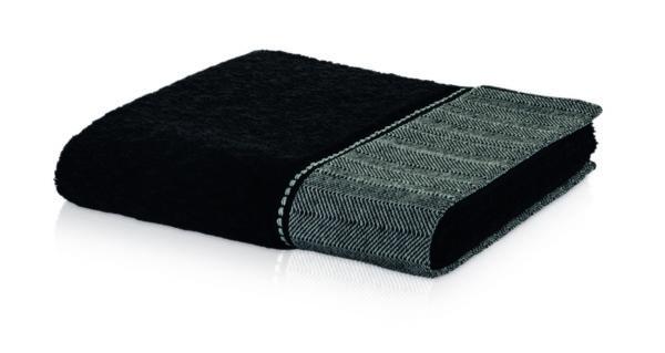 czarny ręcznik ozdobny