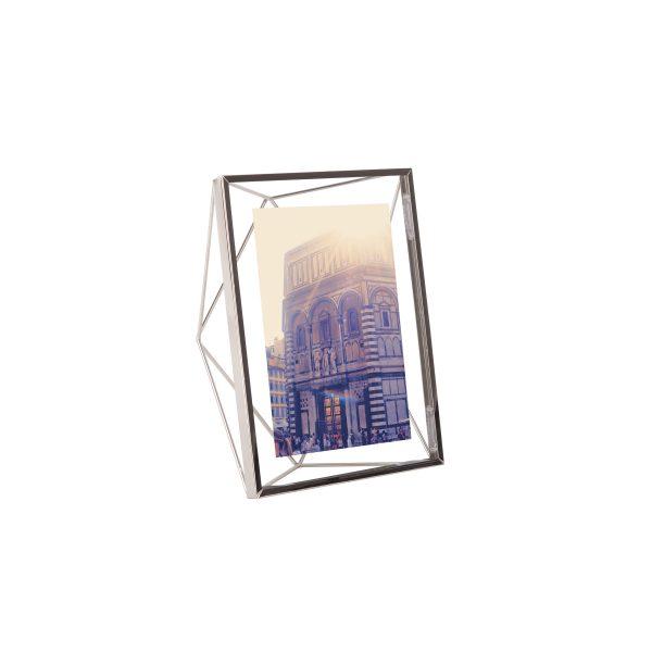Ramka na zdjęcia 5x7 13x18 PRISMA firmy Umbra kolor chrom
