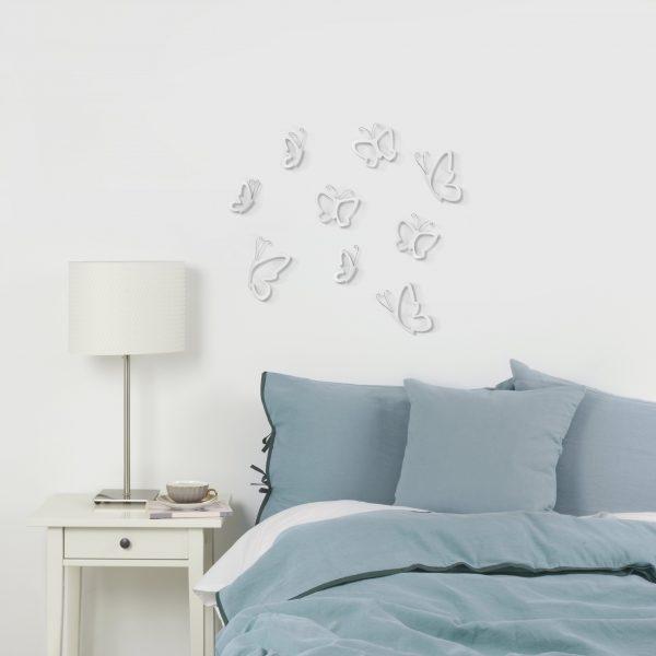 metalowe motyle na ścianę aranżacja