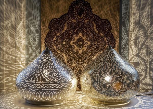 azurowa marokanska lampa stolowa