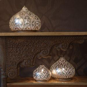 mosiezna srebrna marokanska lampa stolowa Zenza home