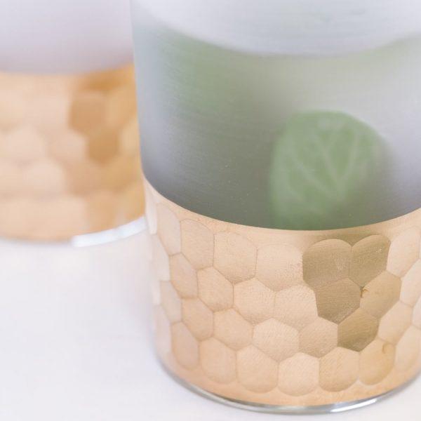 szklanki mrożone szkło i miedz młotkowana detal