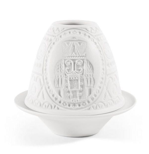 porcelanowy biały świecznik dziadek do ozechow rzeźbiony