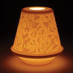 podświetlony porcelanowy lampion koronkowy lladro
